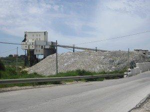 I residenti di contrada Scavuzzo contro la discarica depositi di residui di salgemma nei pressi della miniera Italkali