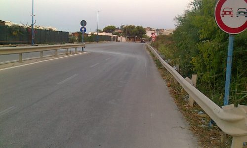 Niente circolare per i residenti e villeggianti di Punta Grande, meglio violare il codice della strada.